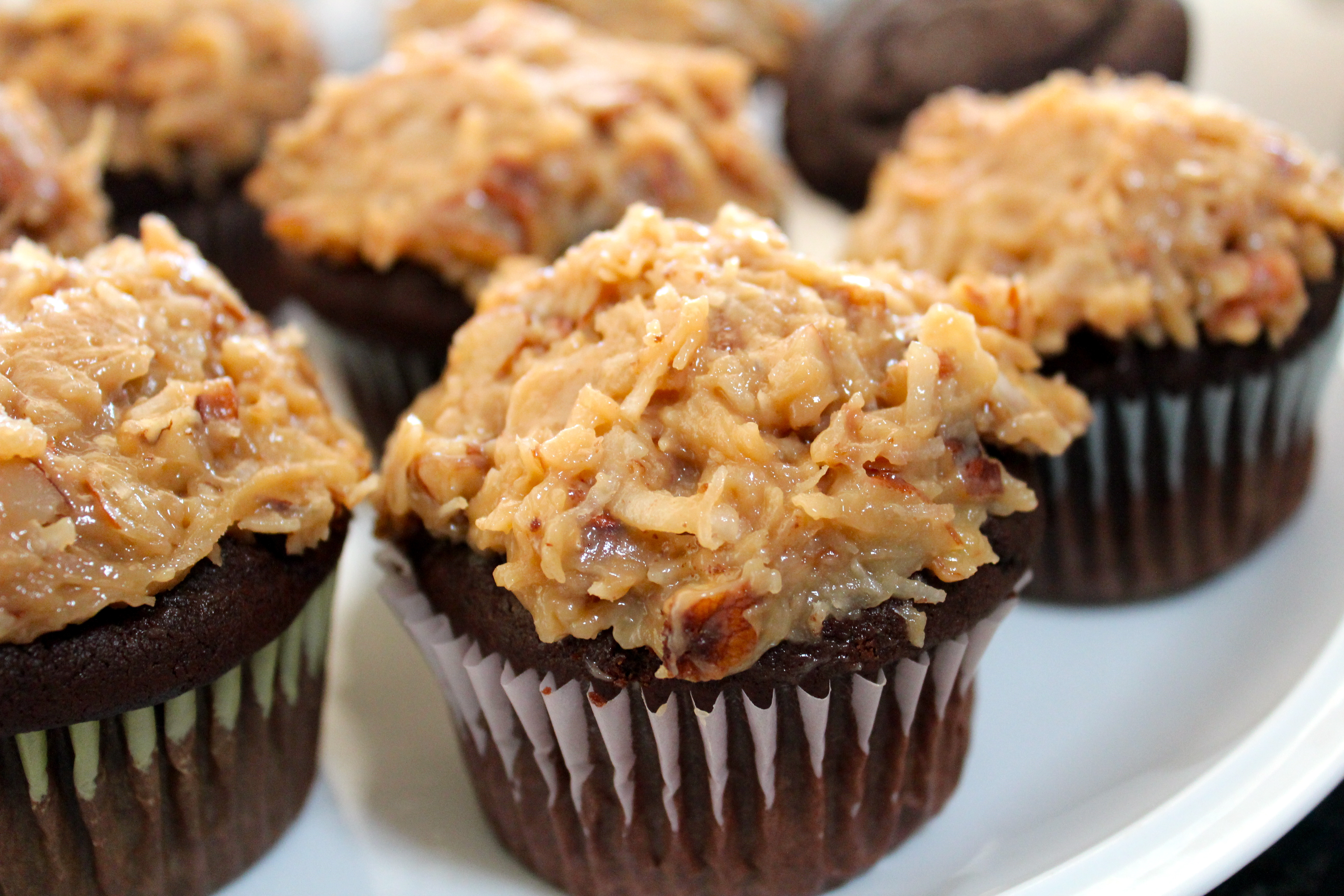 GERMAN CHOCOLATE CUPCAKES - For childrens -